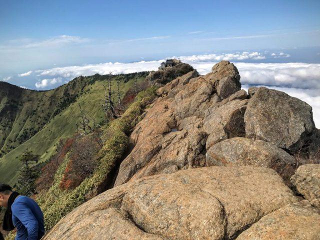 天狗岳から見た弥山