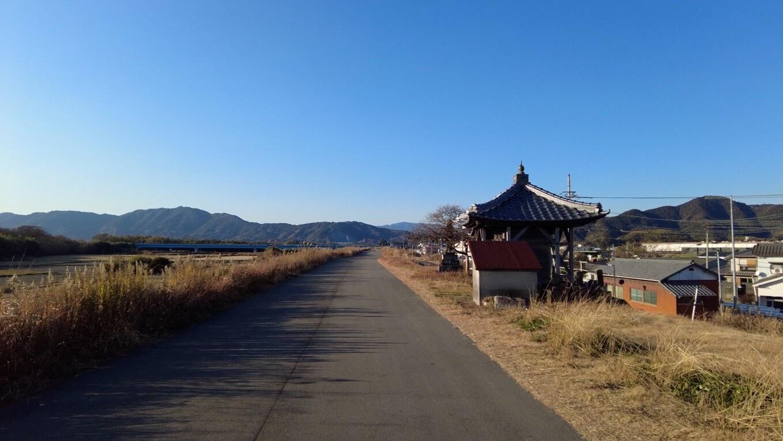新川大師堂まで歩いてきた