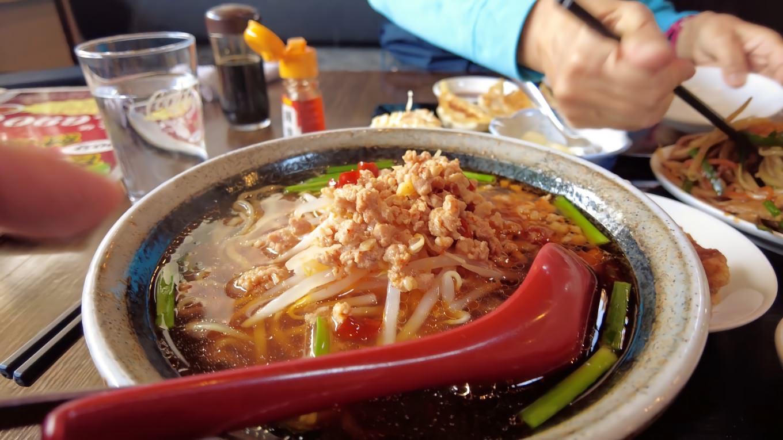 ごはんの他に麺も選べるので 今回は台湾そばにしてみた