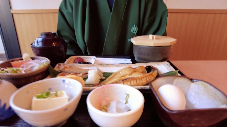 朝食は チェックインの際に指定したアジの干物