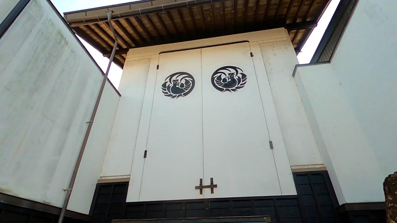御神輿の倉庫