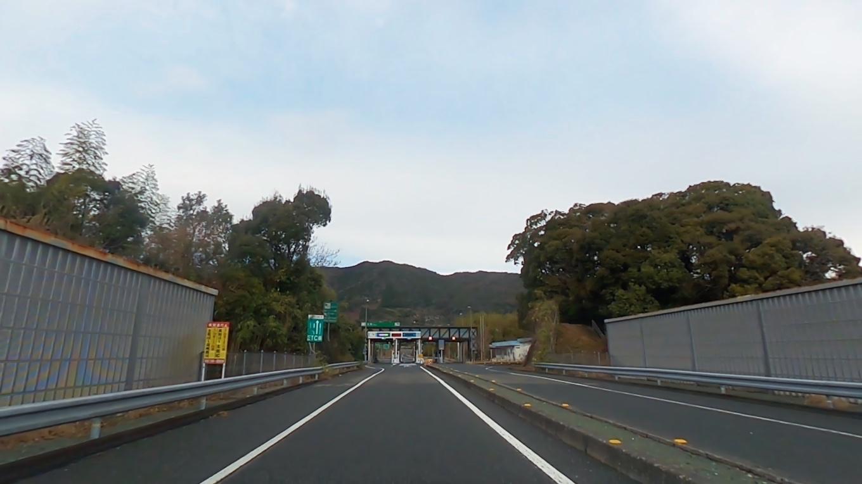 この日は自宅を車で出発し 高知自動車道に乗る
