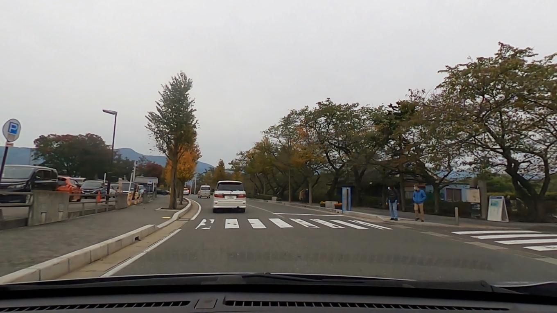 松本城前の市営開智駐車場に車を停める