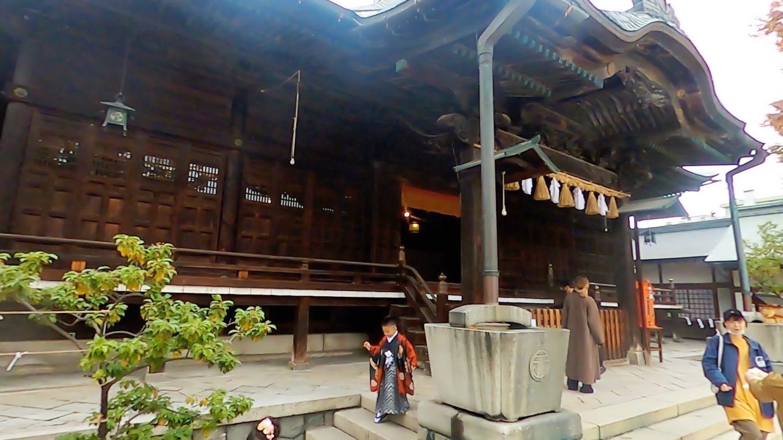 四柱神社 よはしらじんじゃ に参拝する