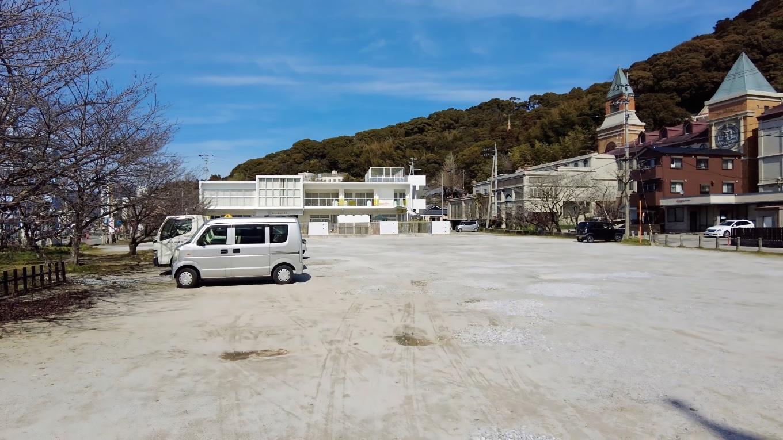 食事を終え 護国神社の駐車場に移動