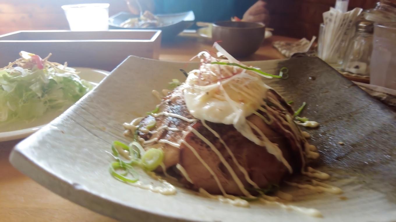 日替わりランチの焼き豚丼がきた