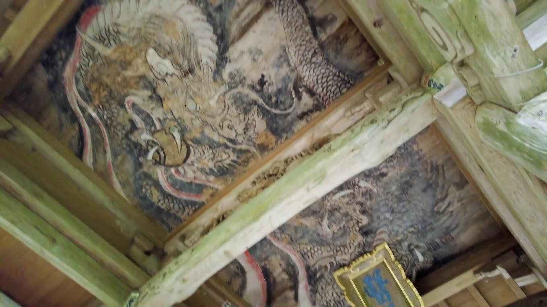 天井には龍が描かれていて 土佐市の有形文化財に指定されている