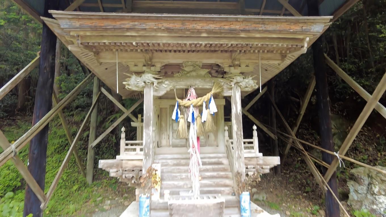 琴平神社に参拝する