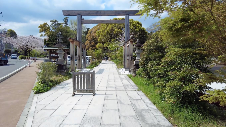 まず報徳二宮神社 ほうとくにのみやじんじゃ に向かう