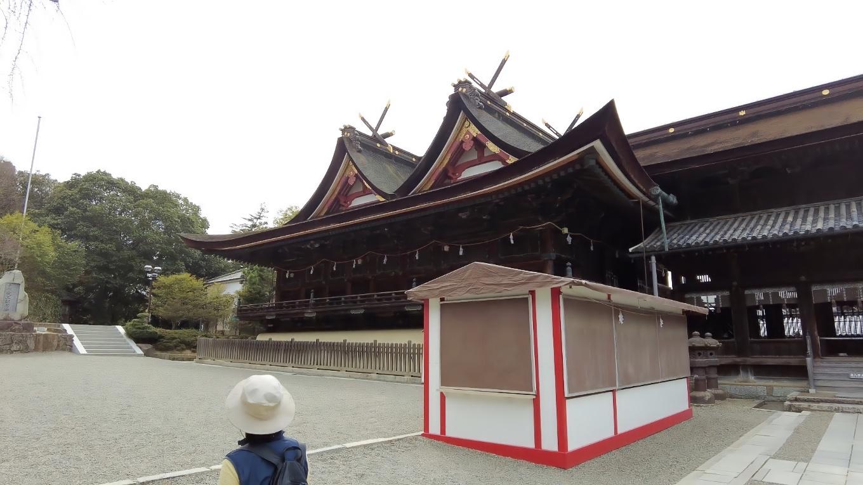 本殿 拝殿は1425年に建てられた 国宝だ
