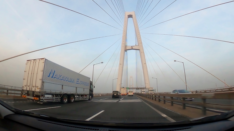 車で キャッスルイン豊川に向かう
