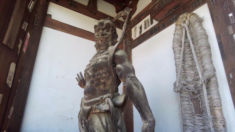 仁王像は 鎌倉時代の運慶 湛慶の作