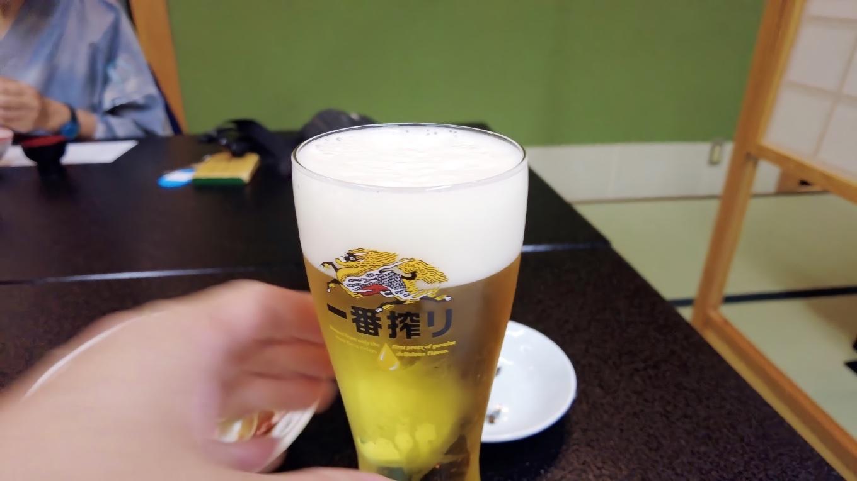 おいしいけど やっぱりビールを頼んでしまった