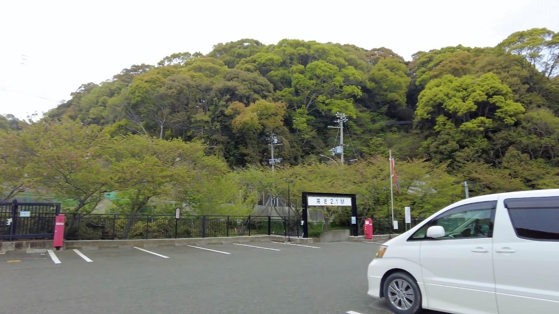 そこから車で 須磨寺にやってきた