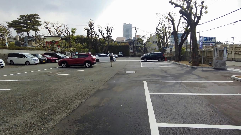 綱敷天満宮 つなしきてんまんぐう の駐車場に到着