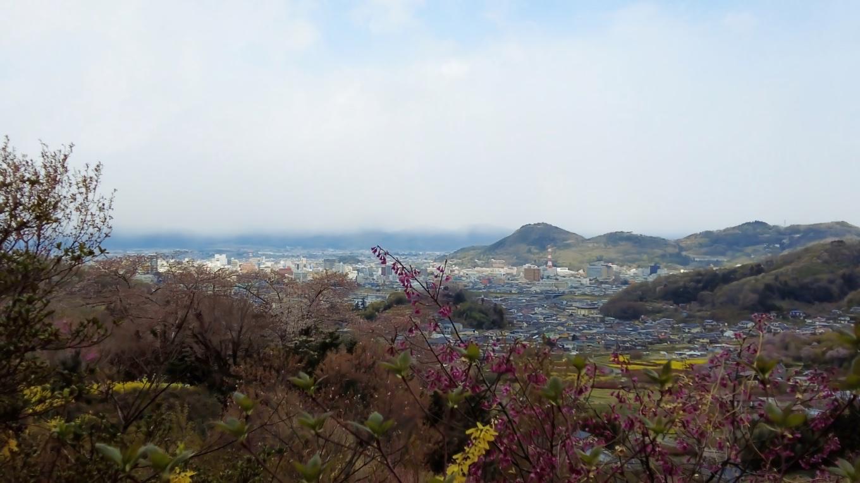福島市内が一望だ