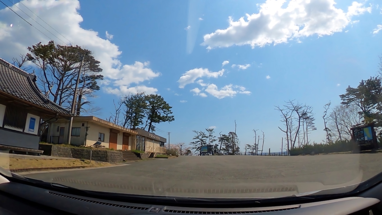唐桑観光休憩地の駐車場に立ち寄る。