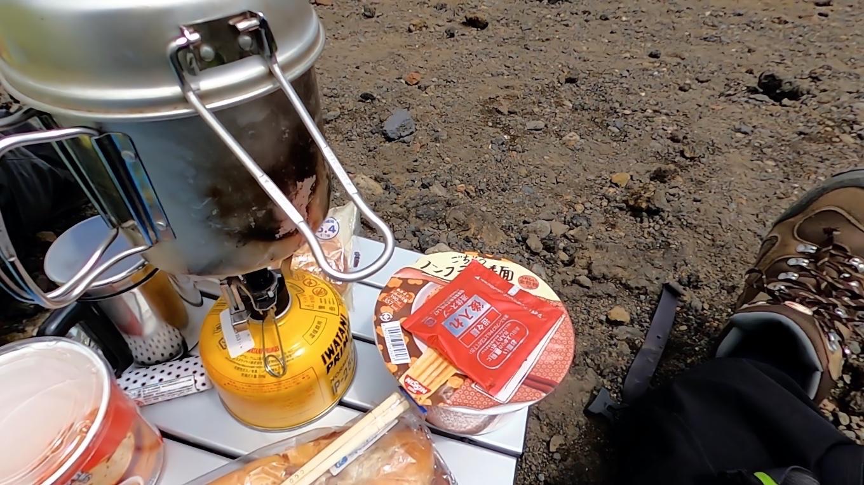 ランチは カップ麺