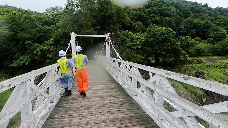 神居大橋では 何やら工事中