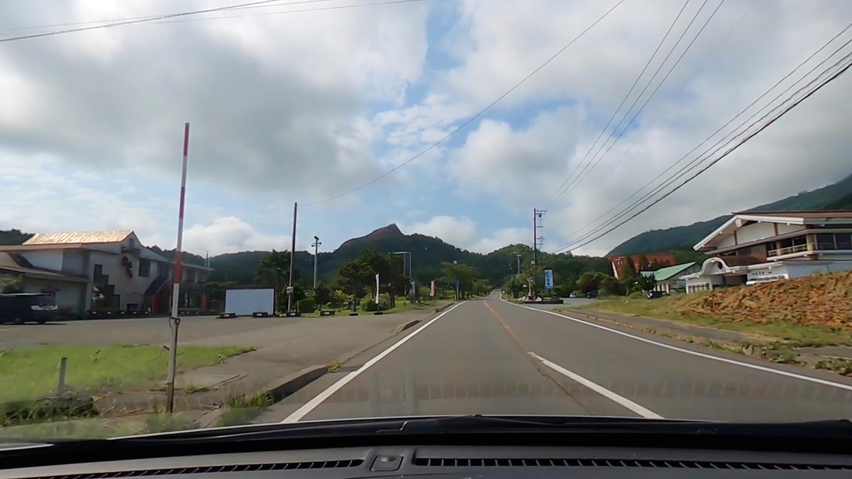 ほどなく昭和新山の駐車場に到着だ