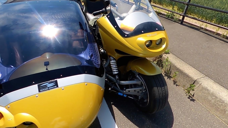 トレーラーも凄いがバイクも2000ccという 超弩級