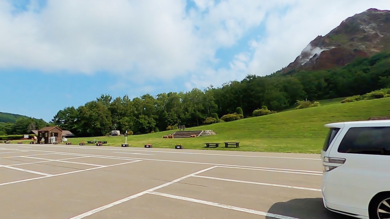 ここの駐車場もとても広い