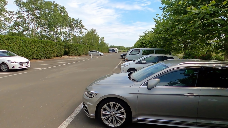 無料駐車場に車を停める