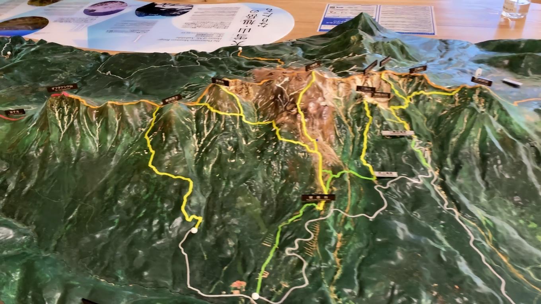 大雪山のジオラマが展示されている