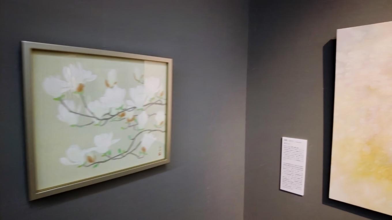 この日は はちきん花物語り というテーマで 花の絵を展示していた