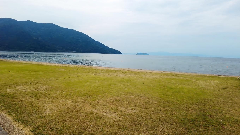 竹生島が見える