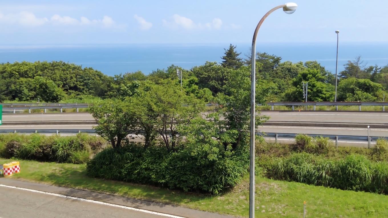日本海を見渡せてきれいな景色