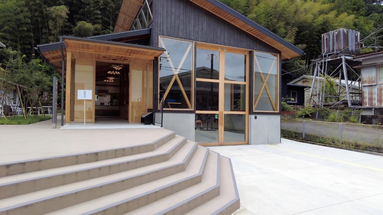 うえまち駅は2021年4月17日に開業した観光施設だ