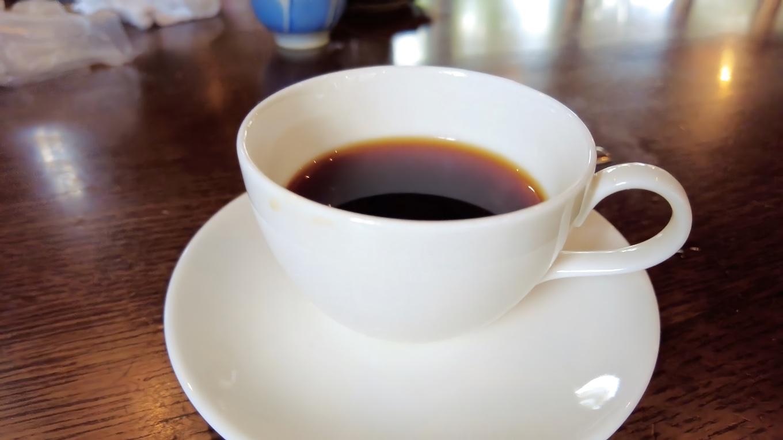 食後のコーヒーがおいしいのは さすが 珈琲館 と名乗るだけのことはある
