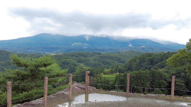 安達太良山も見えるようになった